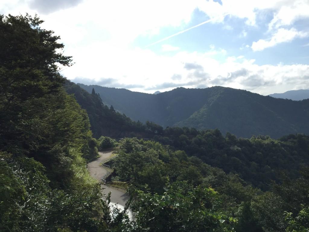 おにゅう峠の道_003